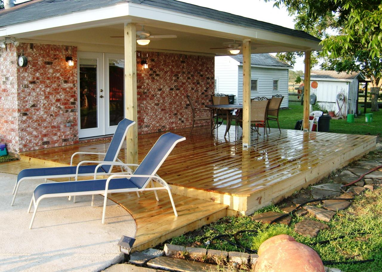 Diy patios on a budget 2017 2018 best cars reviews for Porch patio
